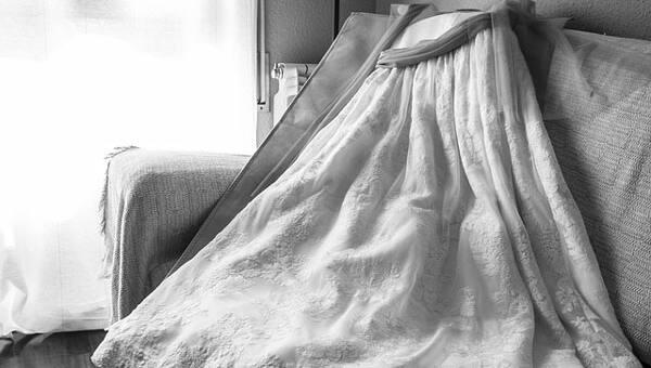 Vestidos de novia y de comunión. Limpieza y cuidados